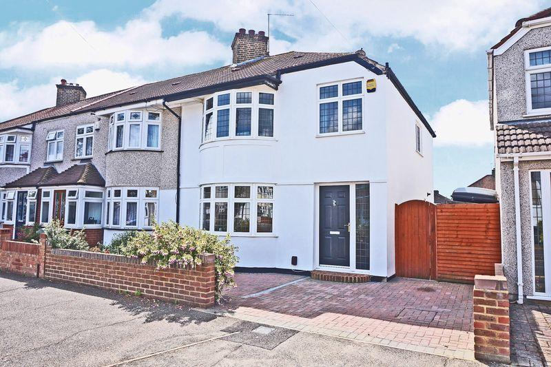 3 Bedrooms House for sale in Oldfield Road, Bexleyheath