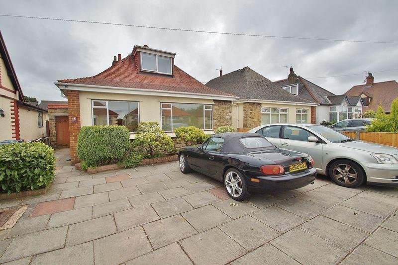 4 Bedrooms Detached Bungalow for sale in Moss Road, Ormskirk