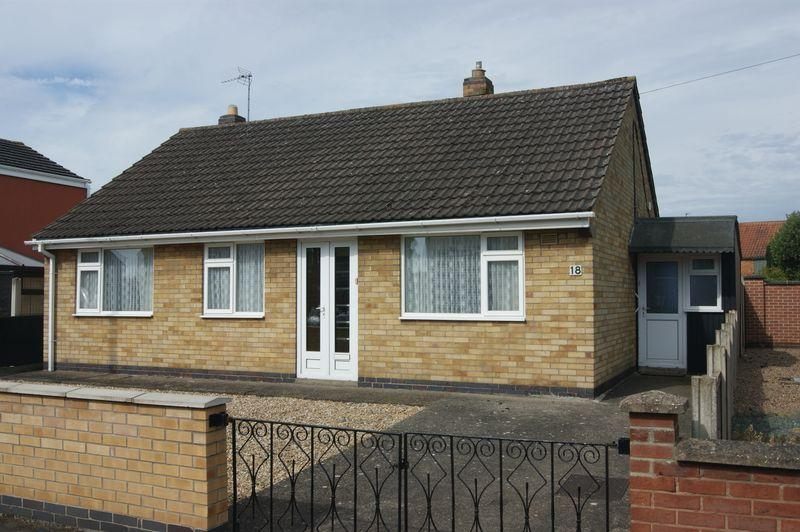 3 Bedrooms Detached Bungalow for sale in Church Lane, Balderton