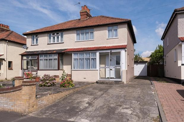 3 Bedrooms Semi Detached House for sale in Mount Road, South Bexleyheath, DA6