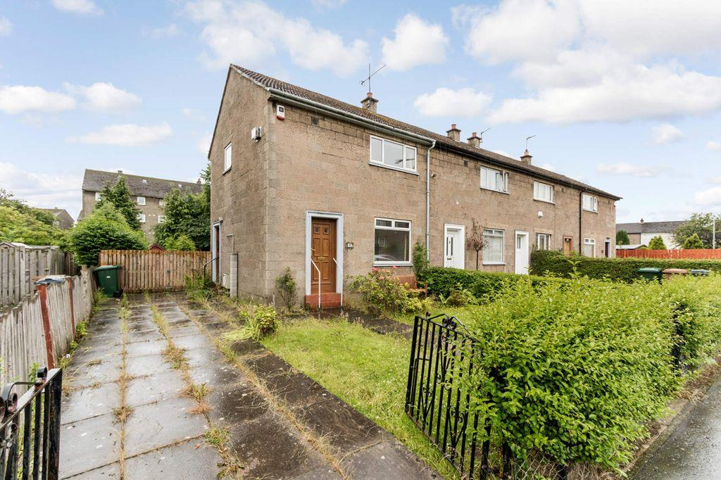 2 Bedrooms End Of Terrace House for sale in 11 Wester Drylaw Drive, Drylaw, EH4 2SS