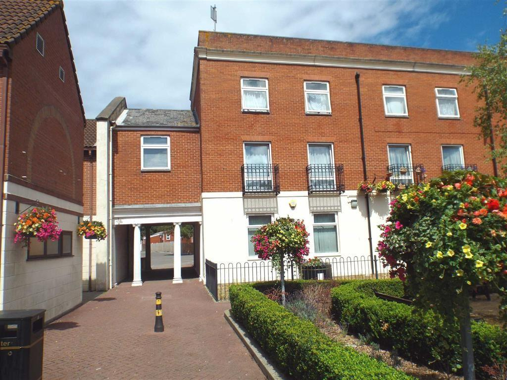 2 Bedrooms Flat for sale in Market Street, HIGHBRIDGE, Highbridge