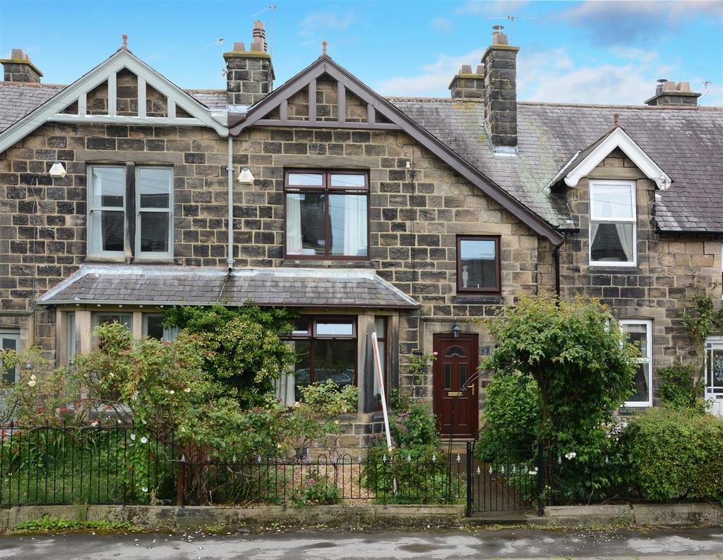 4 Bedrooms Terraced House for sale in Lawn Avenue, Burley In Wharfedale, Ilkley