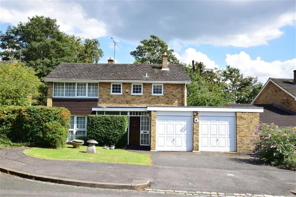 4 Bedrooms Detached House for sale in Picton Way, Caversham, Reading