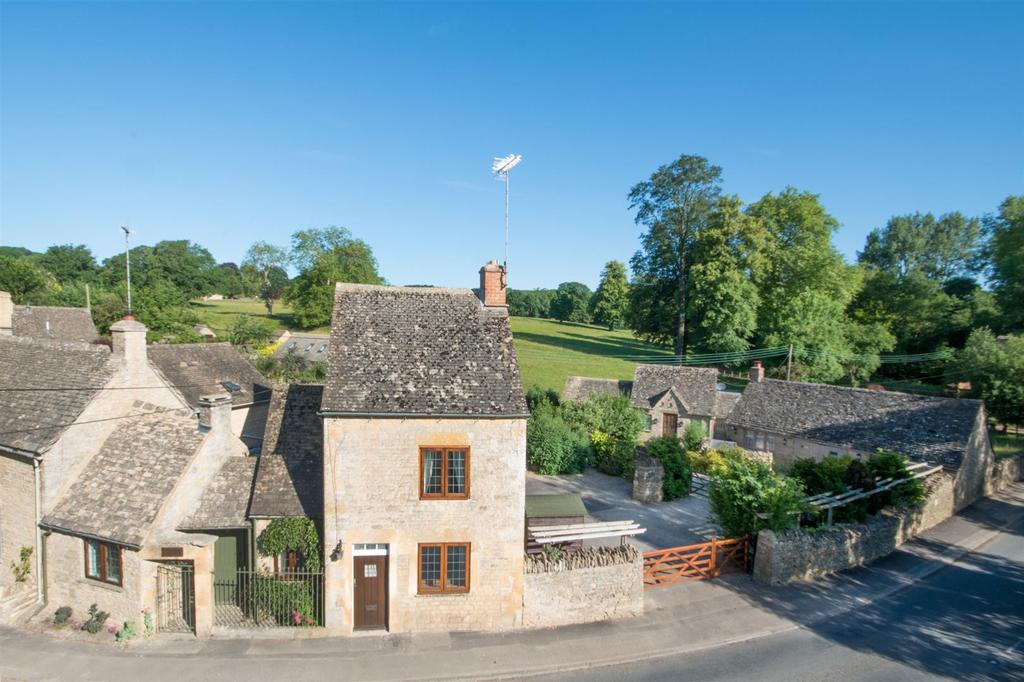 5 Bedrooms Cottage House for sale in Lower Swell, Gloucestershire