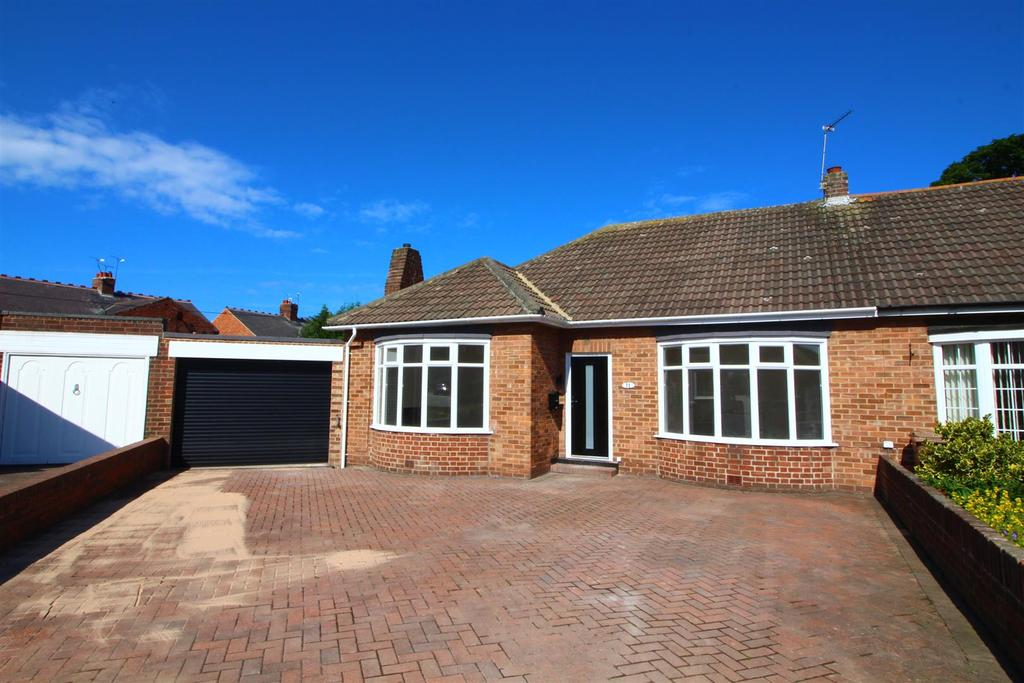 3 Bedrooms Semi Detached Bungalow for sale in Ingleside Road, North Shields