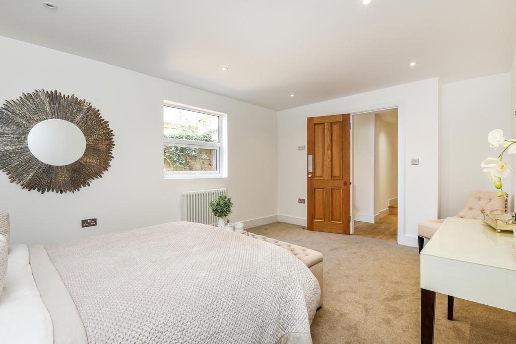 2 Bedrooms Flat for sale in Coldharbour Lane Camberwell SE5