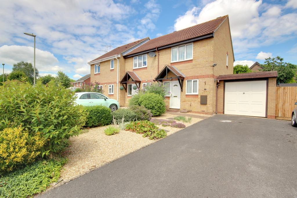 2 Bedrooms End Of Terrace House for sale in HORNDEAN