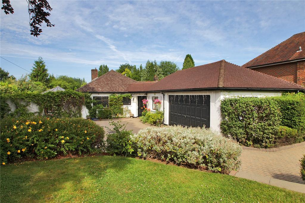 3 Bedrooms Detached Bungalow for sale in Witches Lane, Riverhead, Sevenoaks, Kent