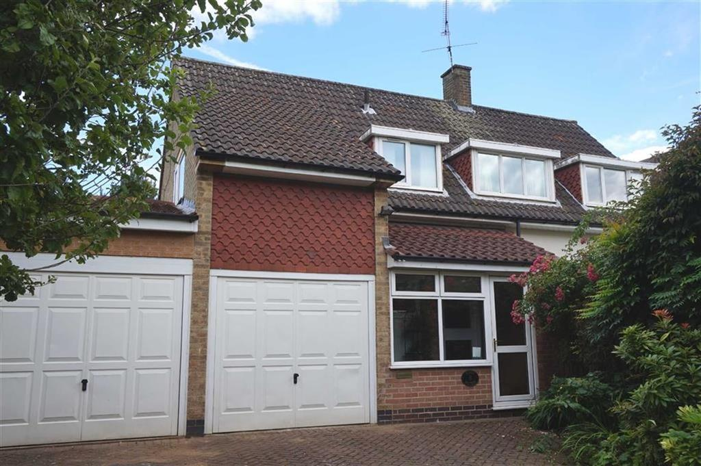 5 Bedrooms Detached House for rent in Pendene Road, Leicester