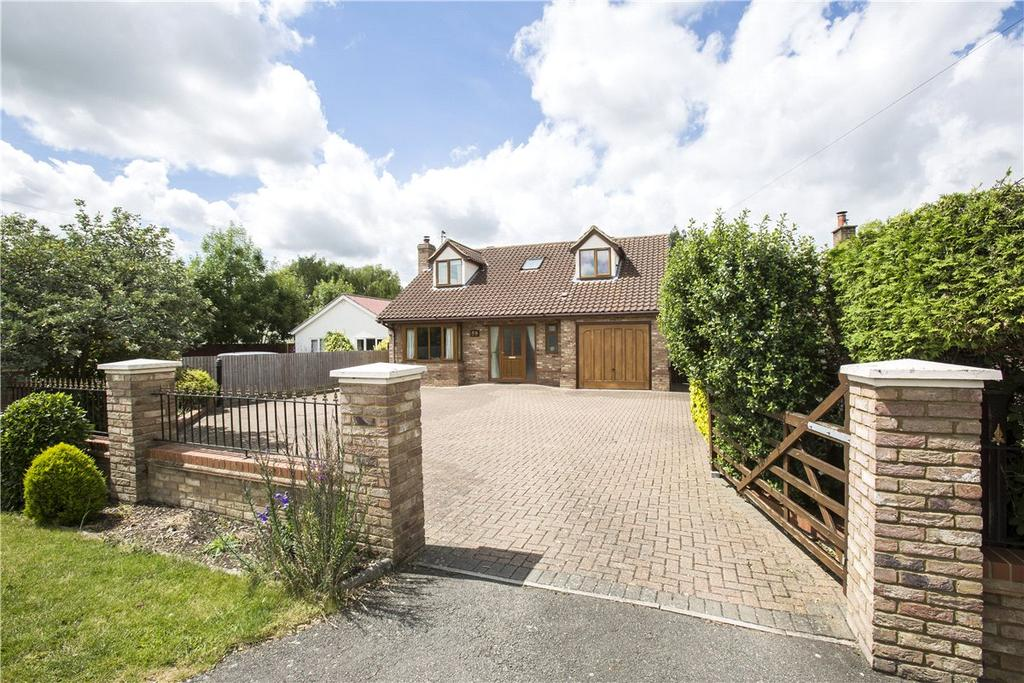 4 Bedrooms Detached House for sale in Highfields Road, Caldecote, Cambridge, CB23