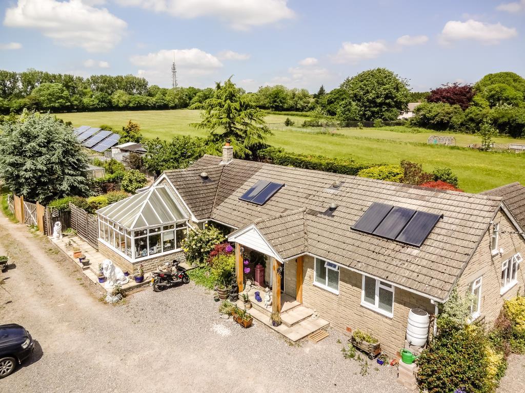 4 Bedrooms Detached Bungalow for sale in Sutton Mandeville, Wiltshire