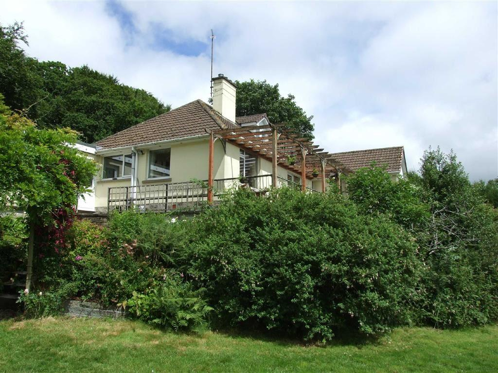 4 Bedrooms Detached House for sale in Swimbridge, Barnstaple, Devon, EX32