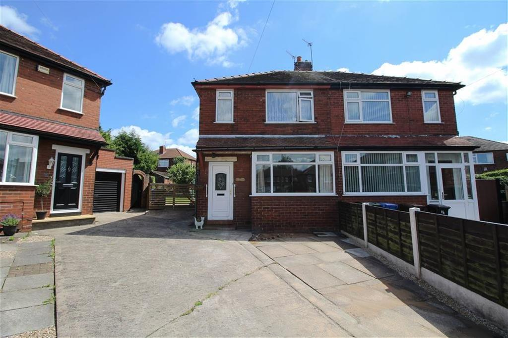 2 Bedrooms Semi Detached House for sale in Glaswen Grove, South Reddish, Stockport