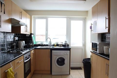 5 bedroom house to rent - 1 Leabon Grove, B17 0LE