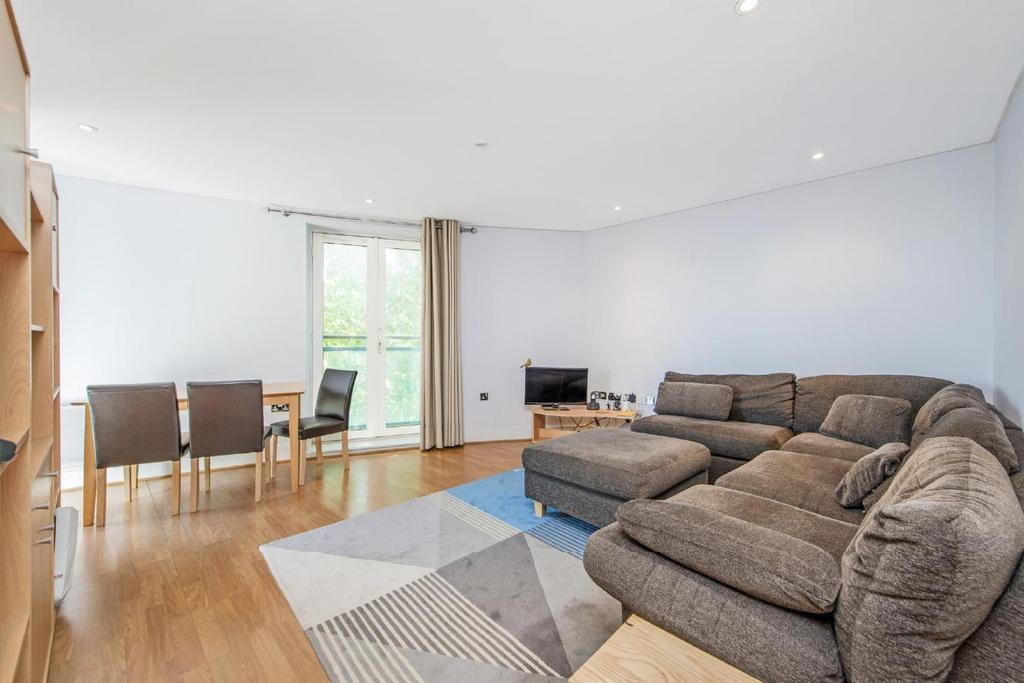 1 Bedroom Flat for sale in Owen Street, London