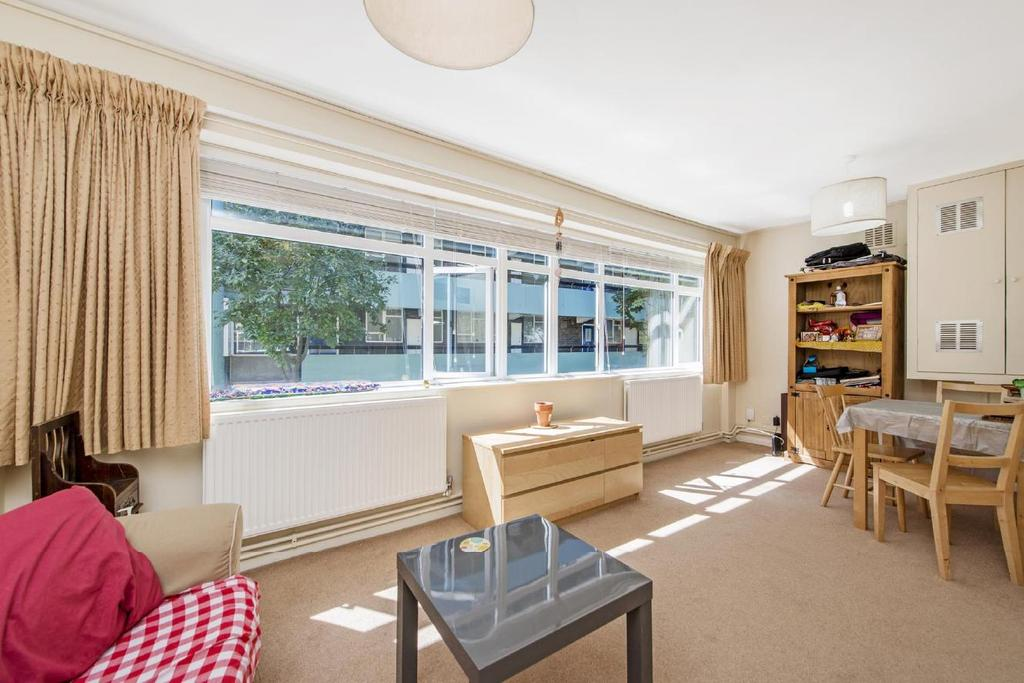 1 Bedroom Flat for sale in Tompion Street, Clerkenwell
