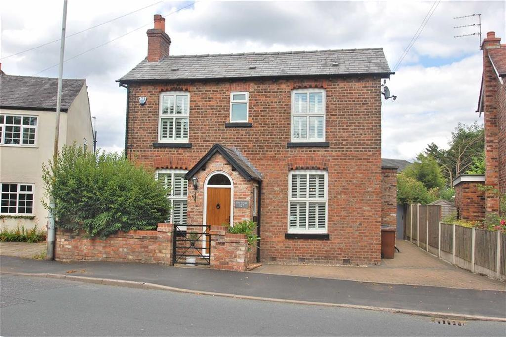 3 Bedrooms Detached House for sale in Grove Lane, Cheadle Hulme, Cheshire