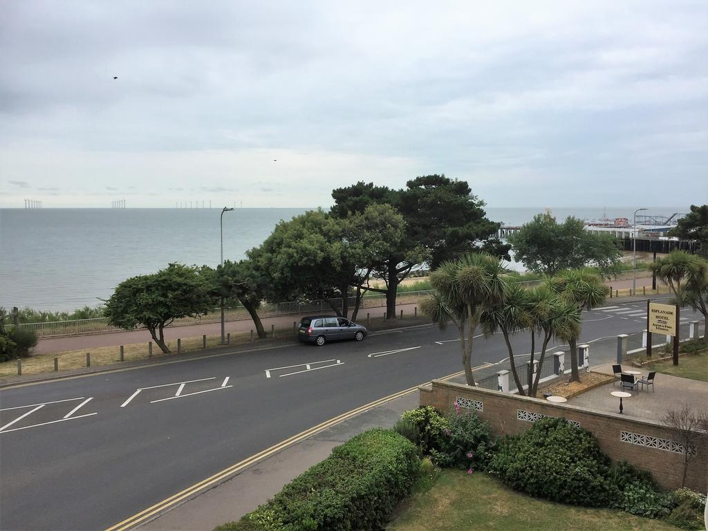 2 Bedrooms Apartment Flat for sale in Clacton-on-Sea CO15