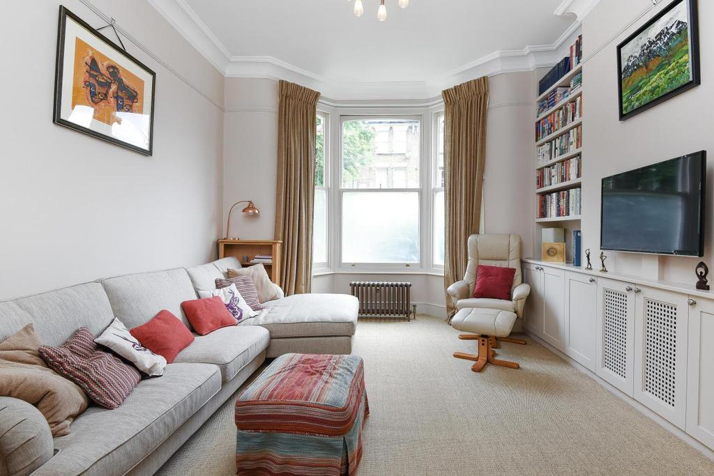 3 Bedrooms Flat for sale in Lilford Road, Camberwell, SE5