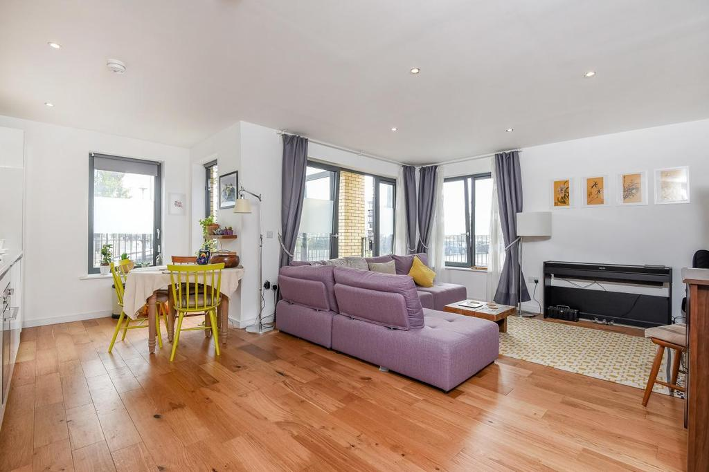 1 Bedroom Flat for sale in Bramah Road, Oval, SW9