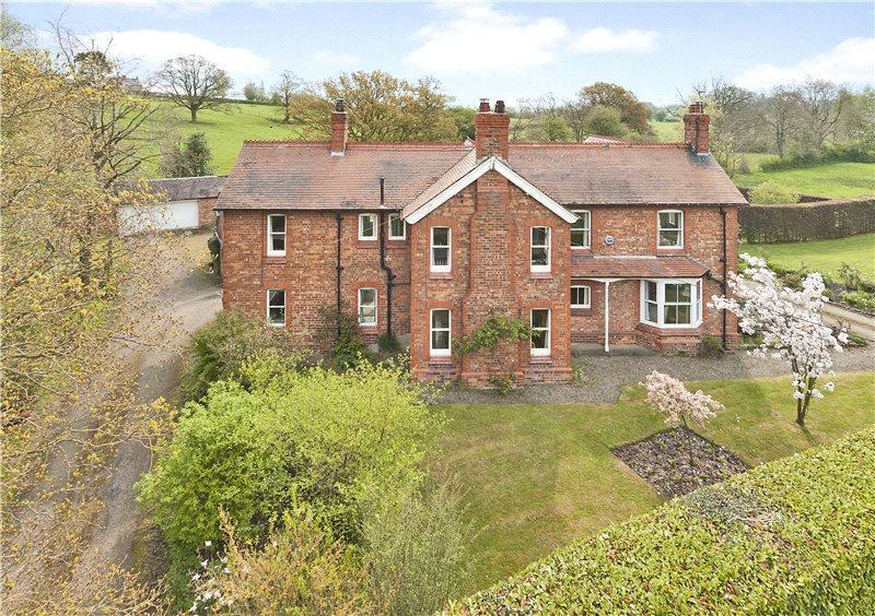 6 Bedrooms Detached House for sale in Old Coach Road, Nomans Heath, Malpas, Cheshire, SY14