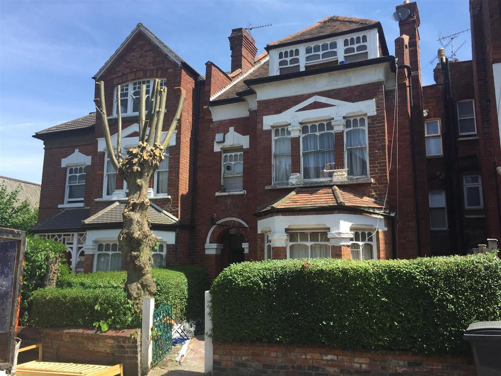9 Bedrooms House for sale in Talbot Road, London