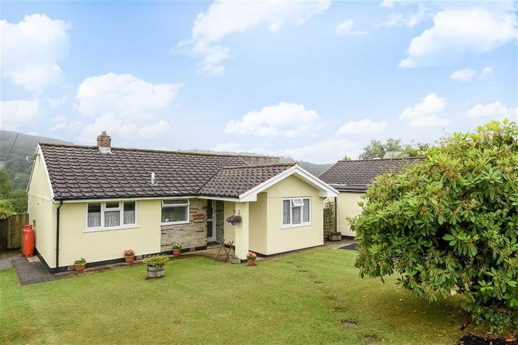 4 Bedrooms Bungalow for sale in Lynher Way, North Hill, Launceston, Cornwall, PL15
