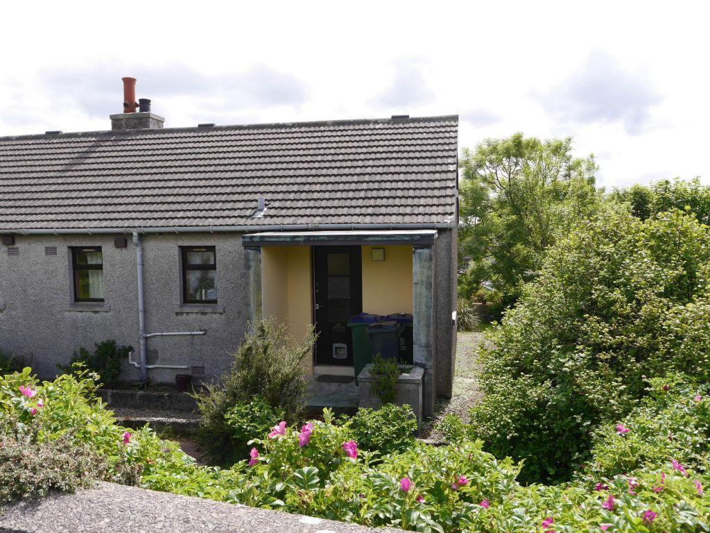 1 Bedroom Semi Detached House for sale in 69 Kirklands Road, Kirkwall