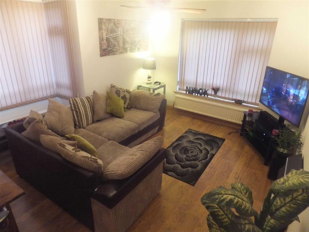 1 Bedroom Flat for sale in Everard Court, Nuneaton, Warwickshire, CV11
