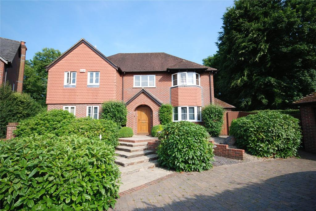 4 Bedrooms Detached House for sale in Silver Wood, Alderbury, Salisbury, Wiltshire, SP5