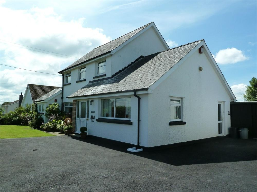4 Bedrooms Detached House for sale in Argoed, Boncath, Pembrokeshire