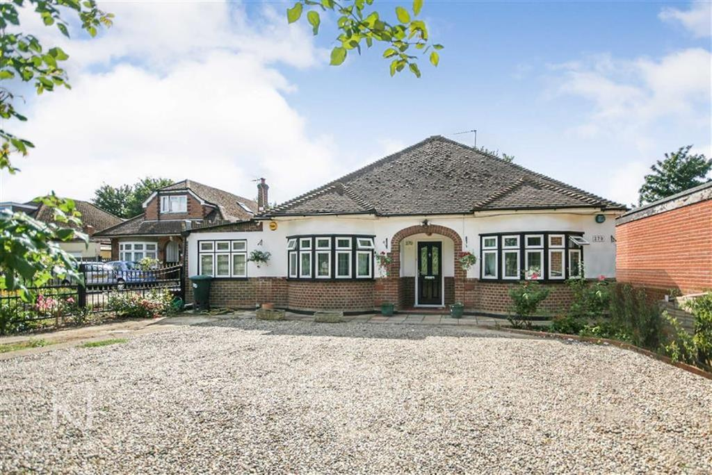 5 Bedrooms Detached Bungalow for sale in Great Cambridge Road, Cheshunt