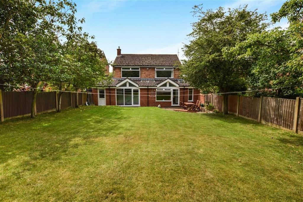 3 Bedrooms Detached House for sale in Fountain Avenue, Hale, Cheshire, WA15
