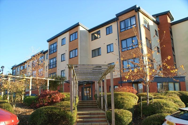 2 Bedrooms Retirement Property for sale in Queensway, Oldbury
