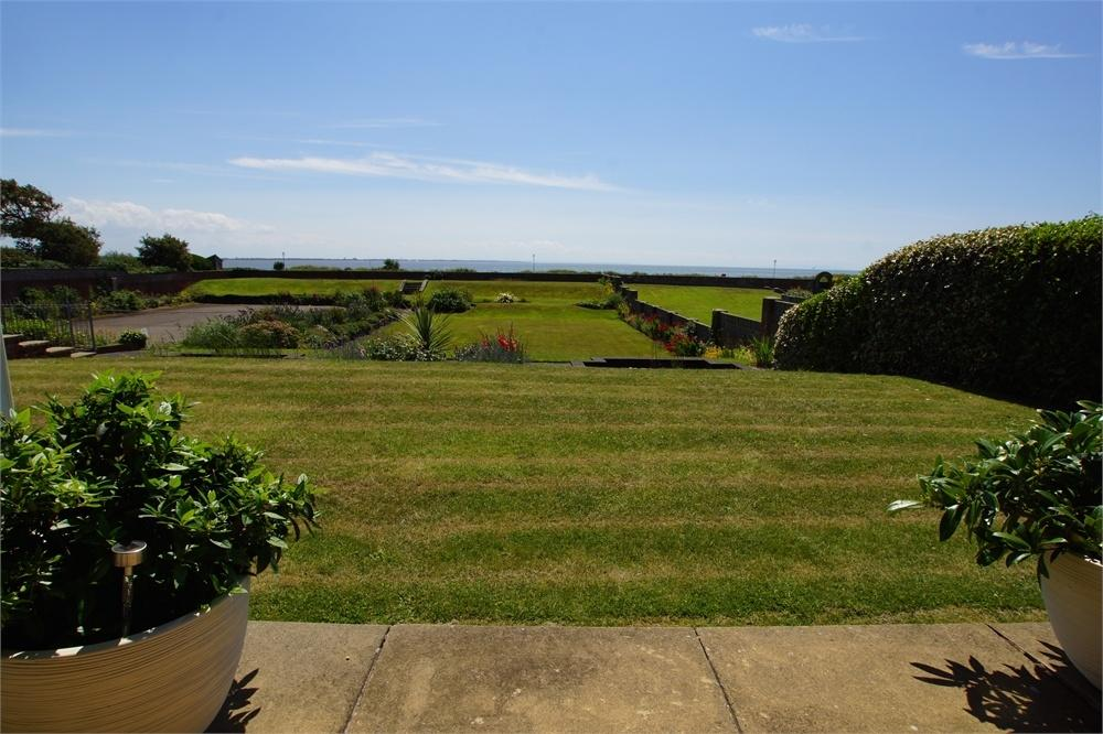 2 Bedrooms Flat for sale in The Willows, Clifton Drive, Lytham, Lancashire