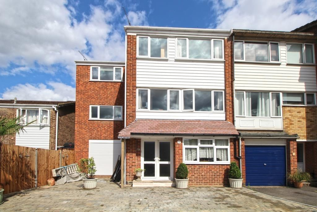 5 Bedrooms Town House for sale in Water Mill Way South Darenth DA4