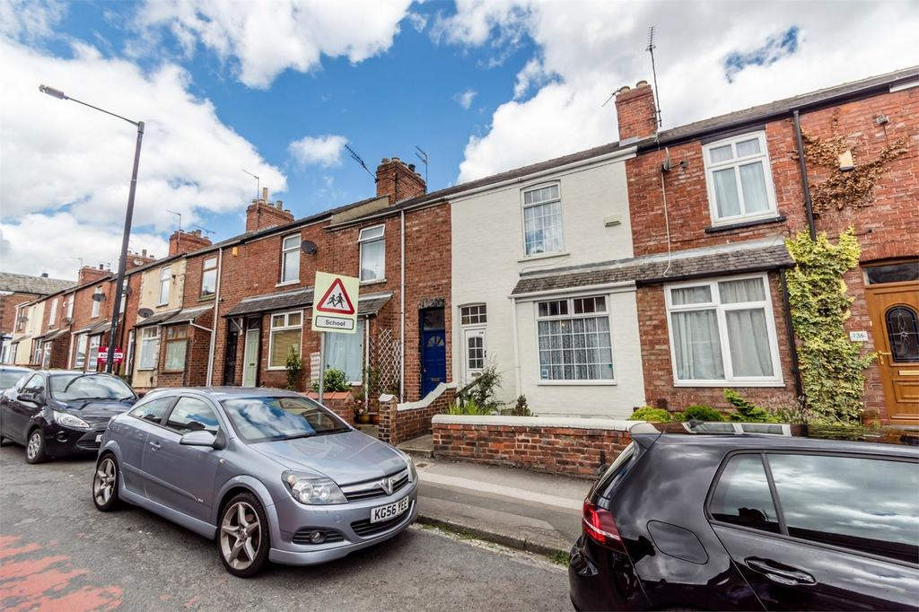 2 Bedrooms Terraced House for sale in Poppleton Road, Holgate, York