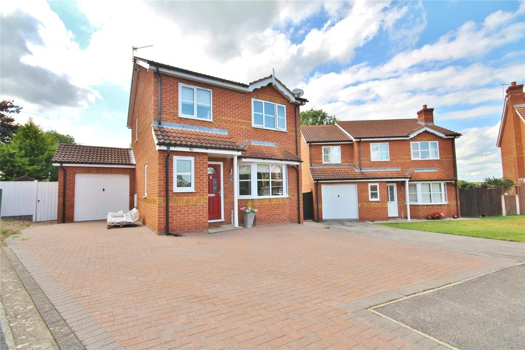 3 Bedrooms Detached House for sale in Spruce Crescent, Branston, LN4