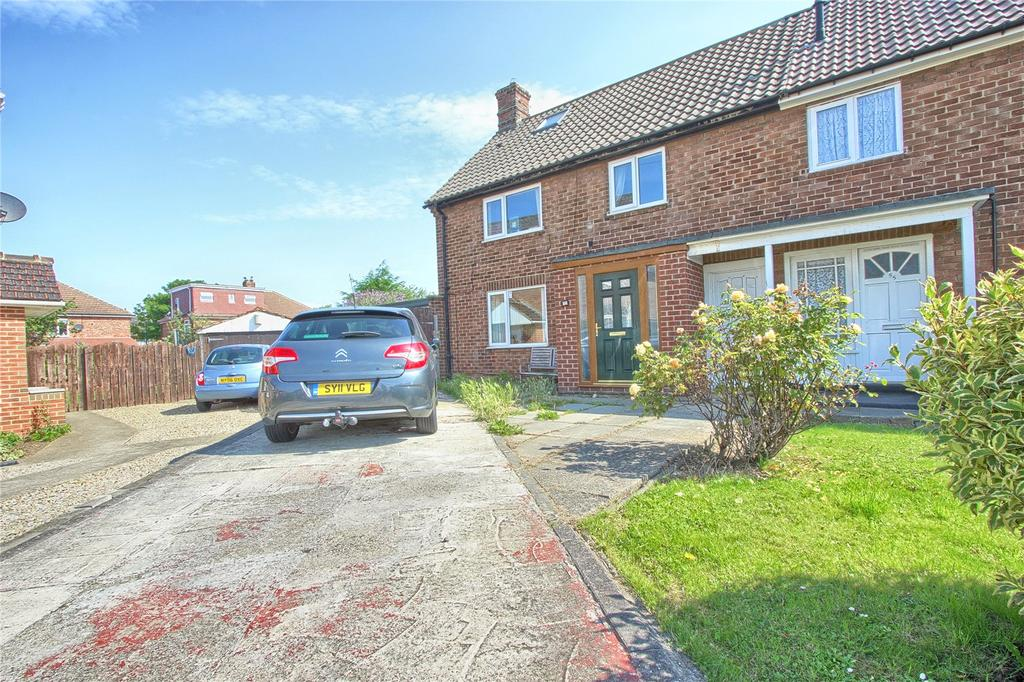 3 Bedrooms End Of Terrace House for sale in Durham Road, Redcar