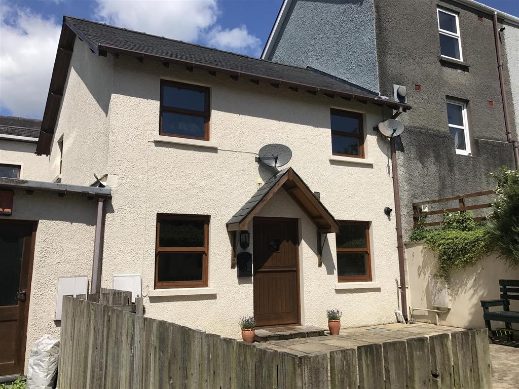 2 Bedrooms Terraced House for sale in Abbey Terrace, Llandeilo