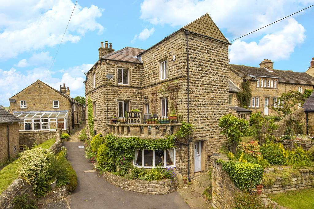 4 Bedrooms Link Detached House for sale in School Lane, Baslow, Bakewell