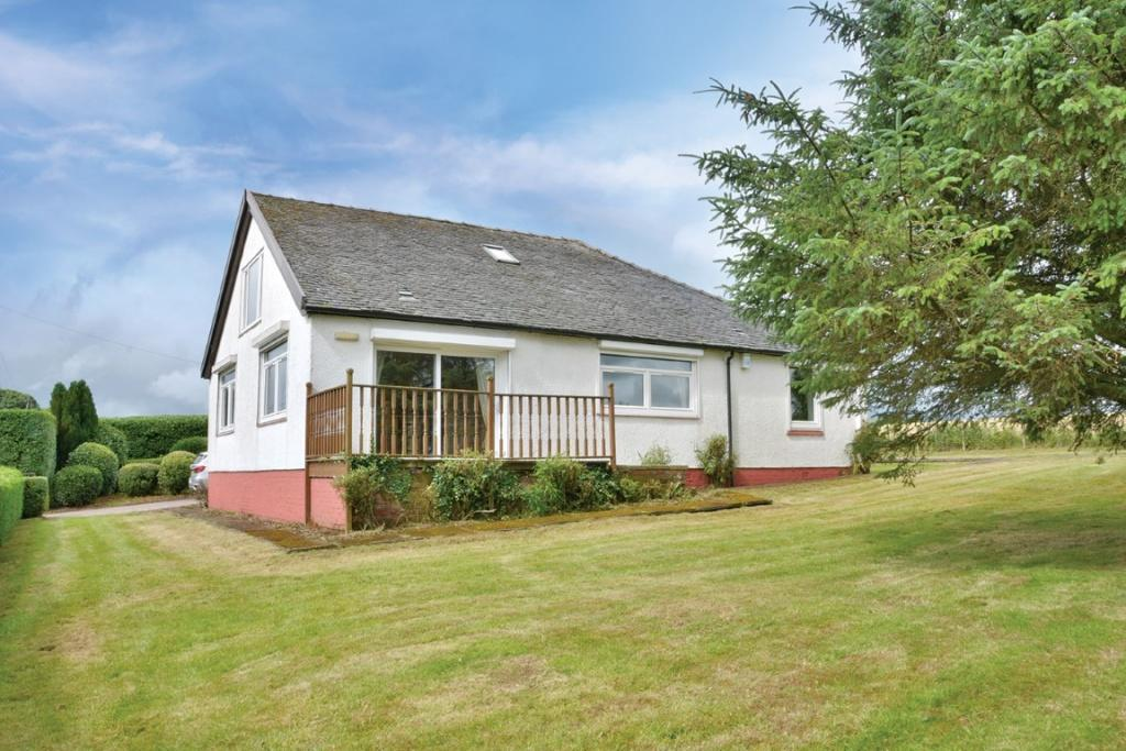 4 Bedrooms Detached House for sale in 6 Shields Holdings Castle Semple, Lochwinnoch, PA12 4HL