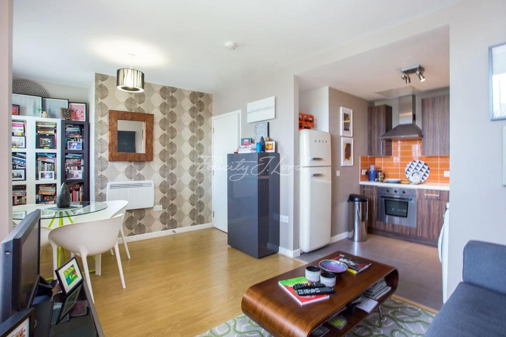 1 Bedroom Flat for sale in Ashburton Triangle, Highbury, N5