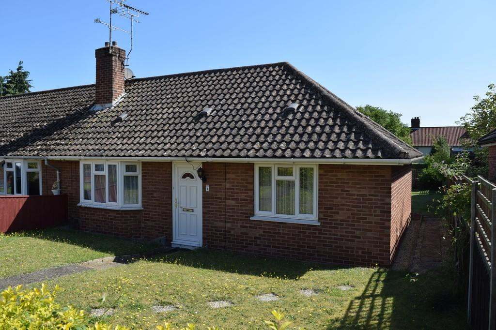 2 Bedrooms Terraced Bungalow for sale in Williamson Crescent, Thetford
