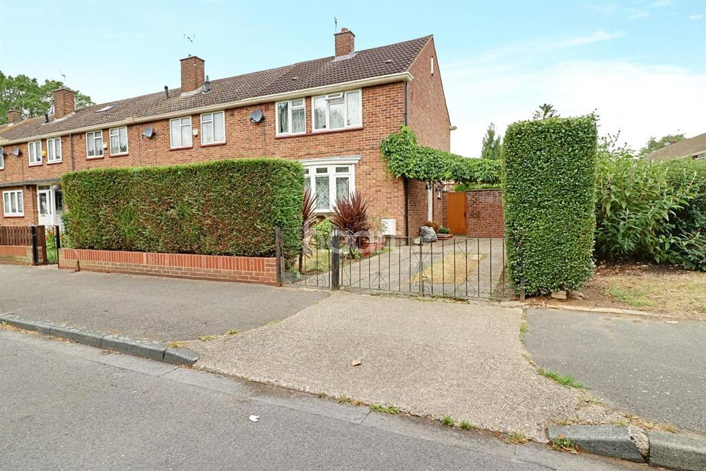 3 Bedrooms End Of Terrace House for sale in North Hayes