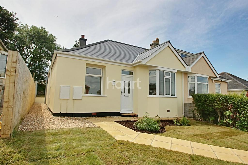 2 Bedrooms Bungalow for sale in Long Park Road, Saltash