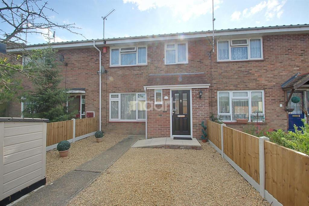 3 Bedrooms Terraced House for sale in Honeysuckle Way, Witham, CM8