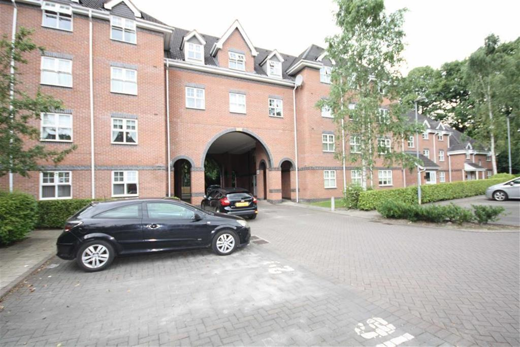 2 Bedrooms Apartment Flat for sale in Brooklands Road, Sale