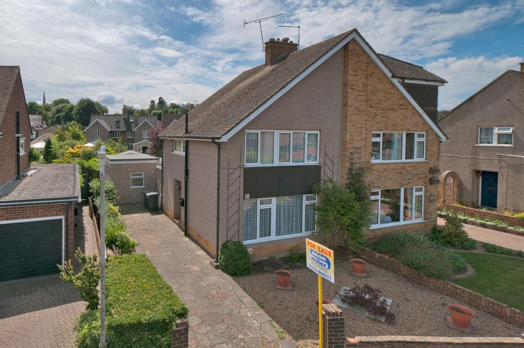 4 Bedrooms Semi Detached House for sale in Sandown Road, West Malling